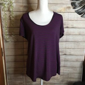 Lucy athletic shirt size XL